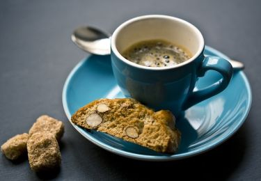 espresso-with-cookies