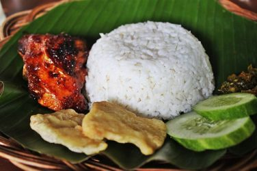 white-rice-with-grilled-chicken